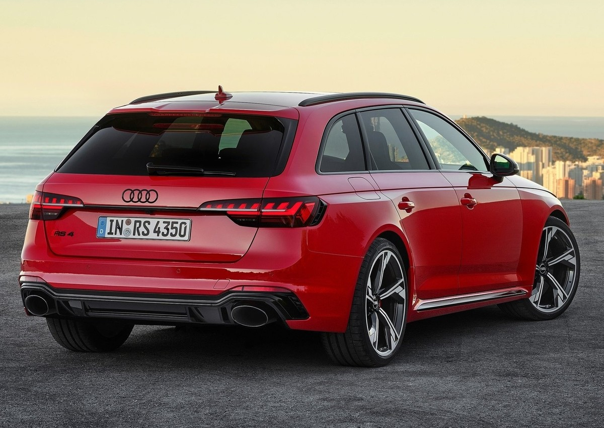 audi rs4 facelifted for 2020
