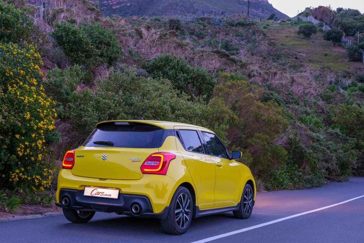 Suzuki Swift Sport (2019) Review - Cars.co.za