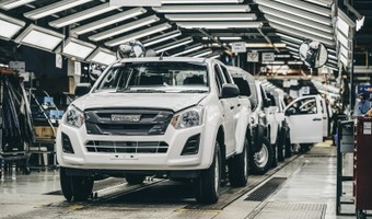 Sixth Generation Isuzu D Max On The Production Line At The Struandale Plant In Port Elizabeth 1800x1800