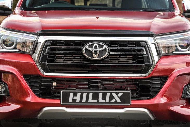 Hiluxnose1