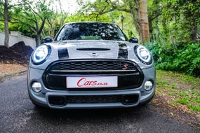 Mini Cooper S Automatic (2019) Review