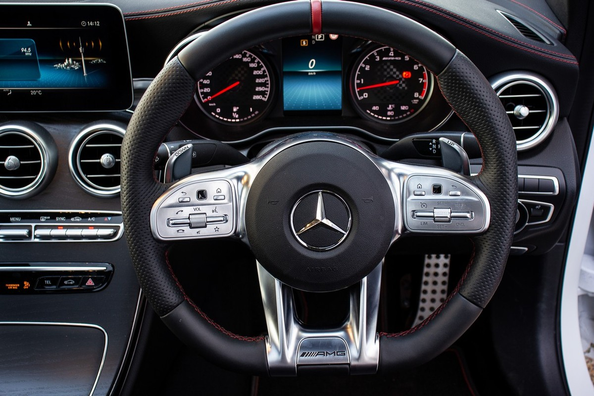 Mercedes-AMG C43 4Matic (2019) Review - Cars co za