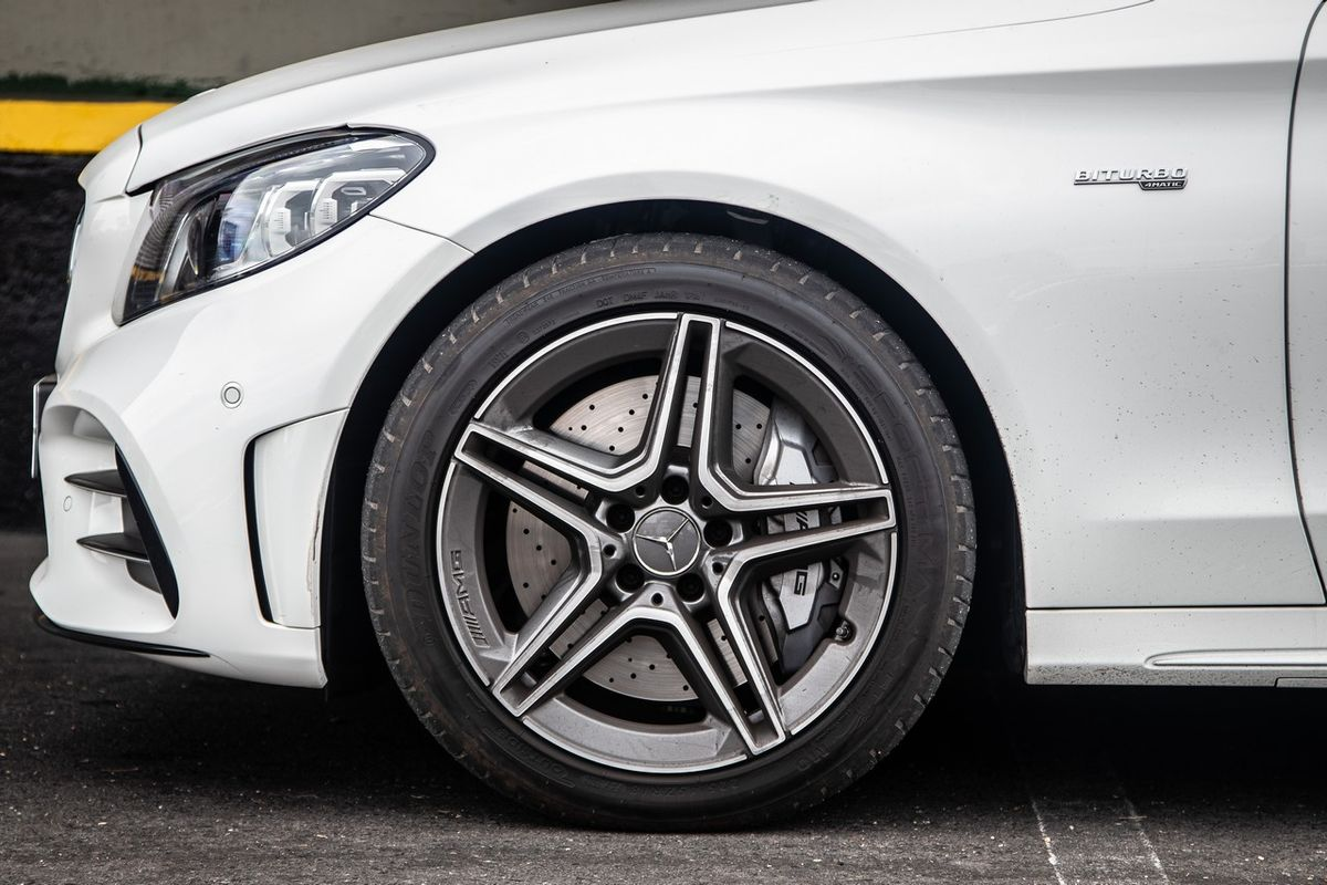 Mercedes-AMG C43 4Matic (2019) Review - Cars co za