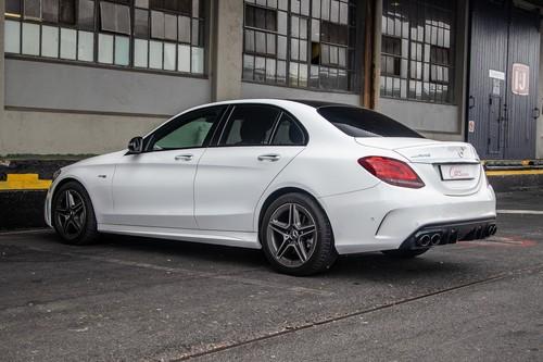 C43 Amg Sedan >> Mercedes Amg C43 4matic 2019 Review Cars Co Za