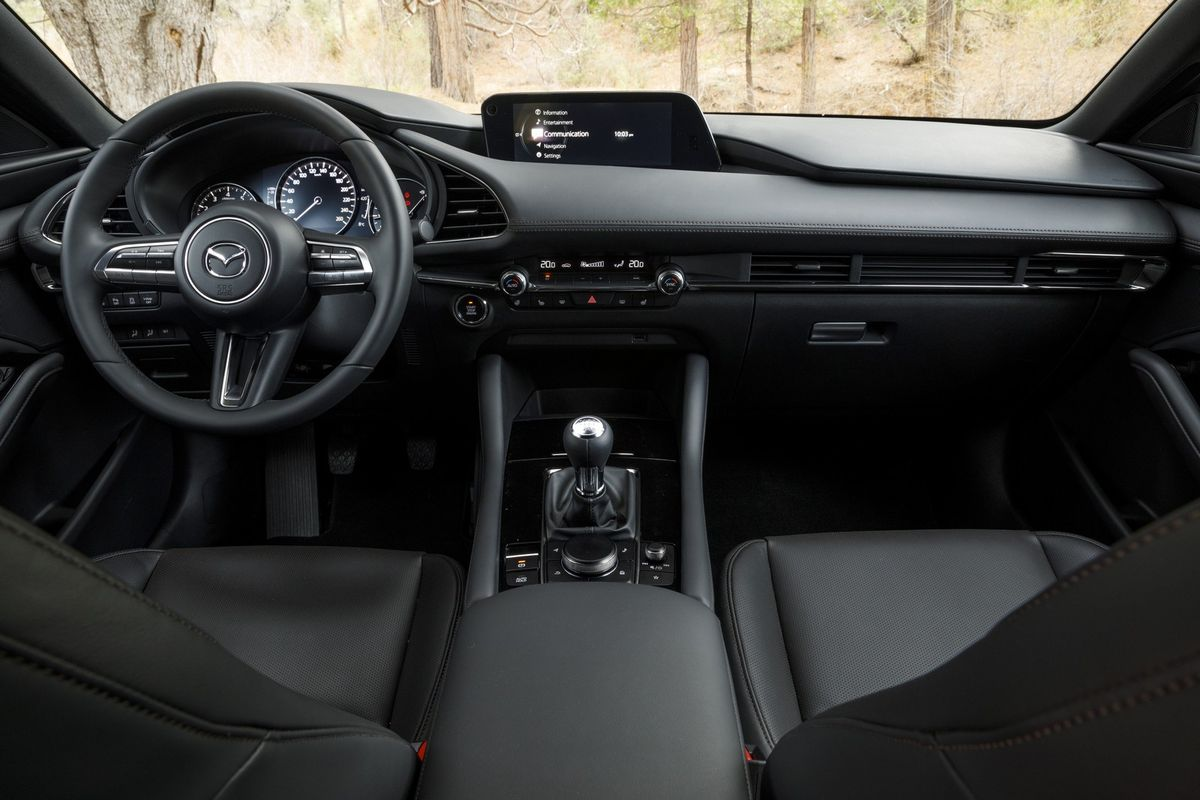 Mazda3 (2019) International Launch Drive - Cars co za