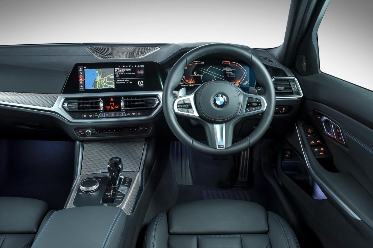 BMW 3 Series (2019) Launch Review - Cars co za