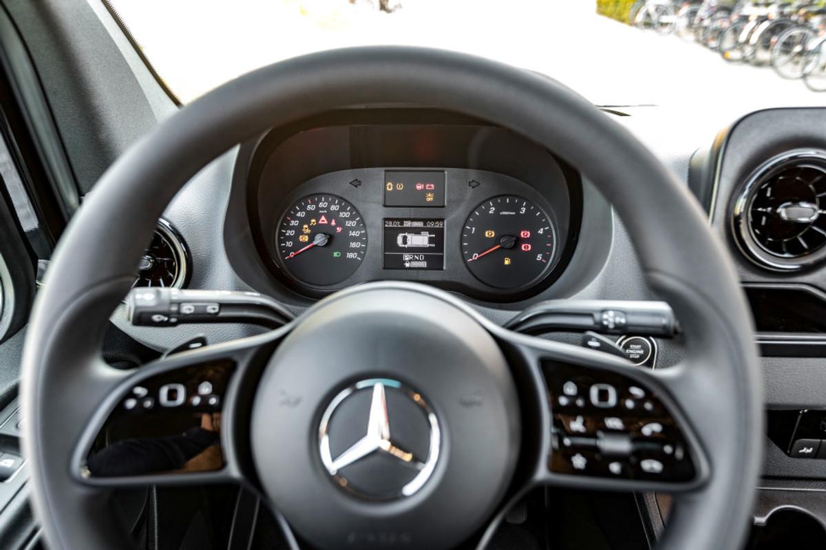 New Mercedes-Benz Sprinter in SA (2019) Specs & Price - Cars co za
