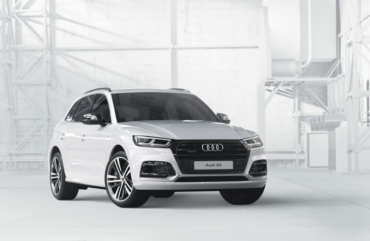 the q5 black edition is only offered on the sport derivatives and includes 20 inch wheels s line body kit high gloss package for the window trims grille
