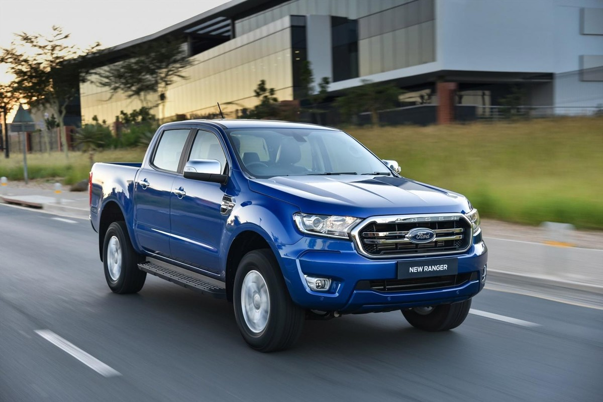 ford ranger  launch review carscoza