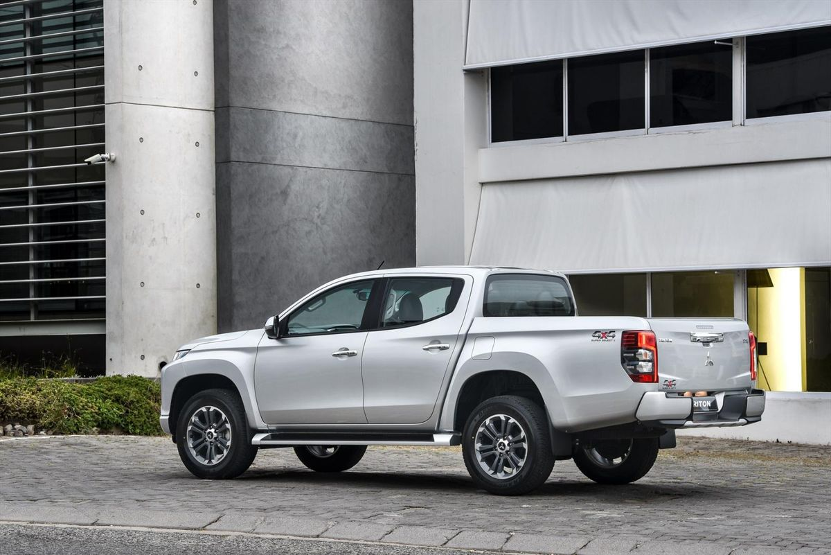 Mitsubishi Triton (2019) Specs & Price - Cars co za