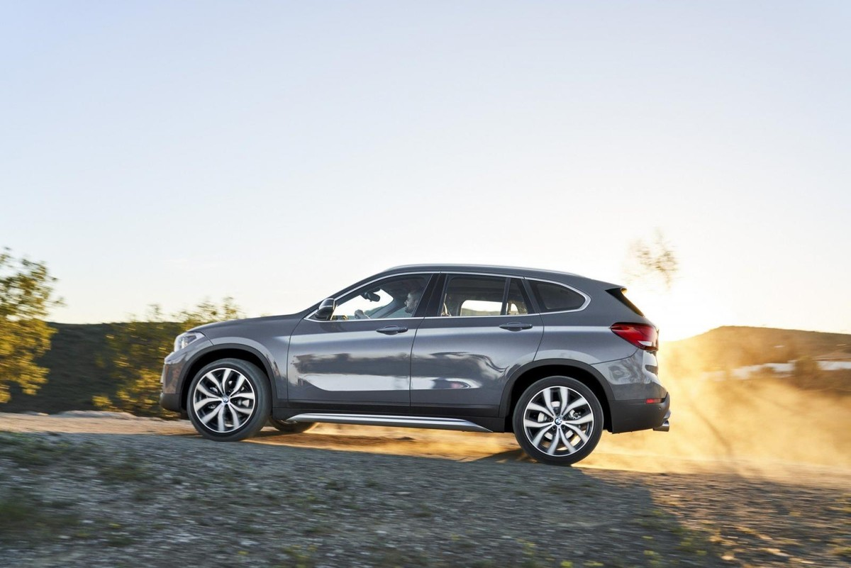2020 BMW X1: Mid-update, Changes, Release >> Updated Bmw X1 Revealed Cars Co Za