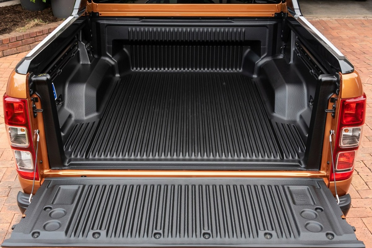 Ford Ranger 2 0Bi-T DC 4x4 Wildtrak auto (2019) Review - Cars co za