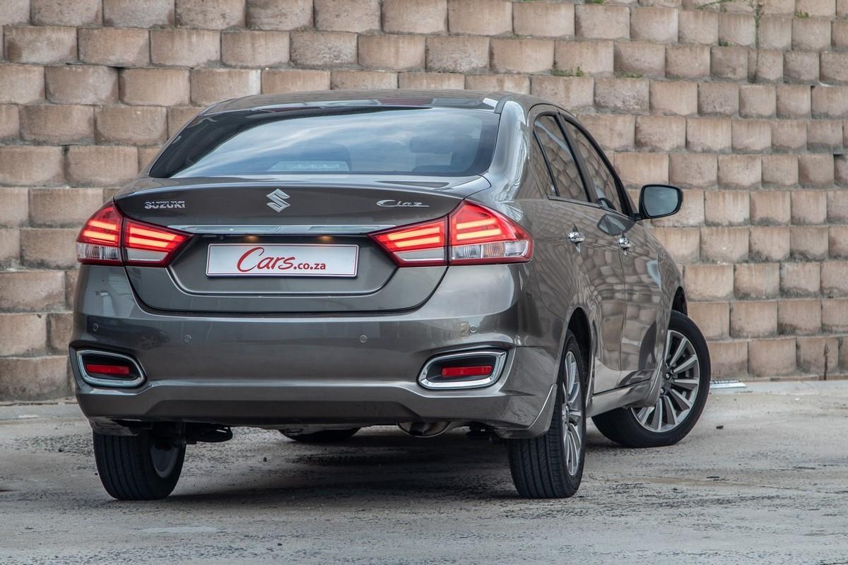 What Is Uber Lux >> Suzuki Ciaz 1.5 GLX (2019) Review - Cars.co.za