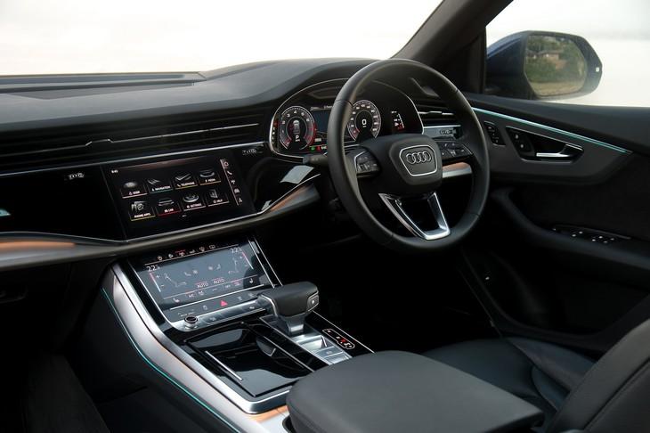 Audi Q8 (2019) Launch Review - Cars co za