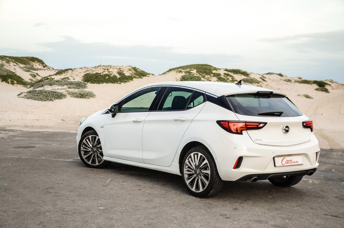 Opel Astra 1.6T Sport OPC-Line (2019) Review - Cars.co.za