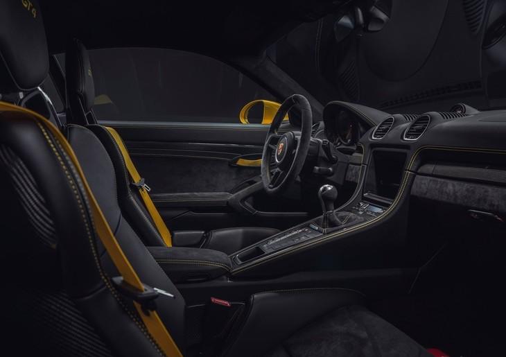 All-New Porsche Cayman GT4 Revealed - Cars co za