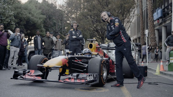 Exclusive Behind The Scenes Coulthard Vs Taxi Red Bull