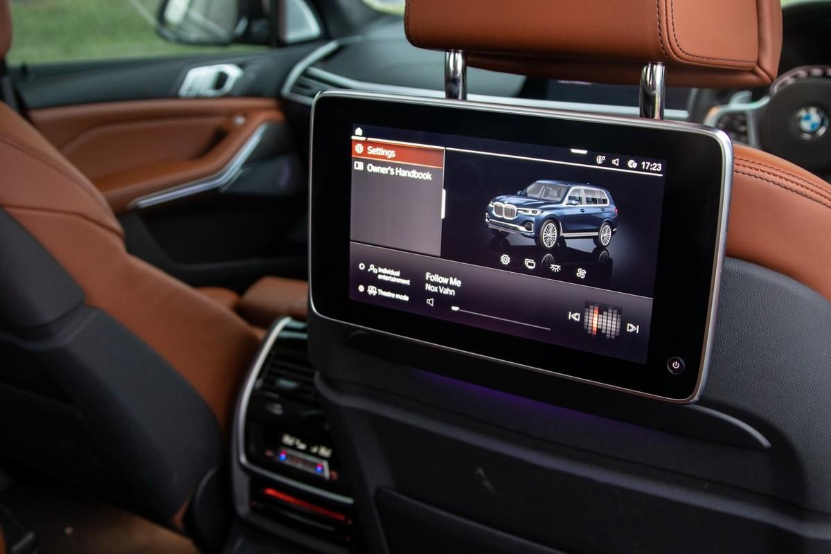 BMW X7 M50d (2019) Review - Cars co za