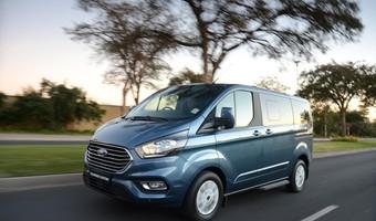 Ford Tourneo Custom Ltd 06 1800x1800