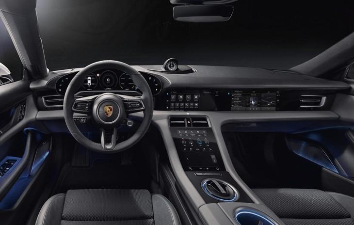368cb4ae 2020 Porsche Taycan 1