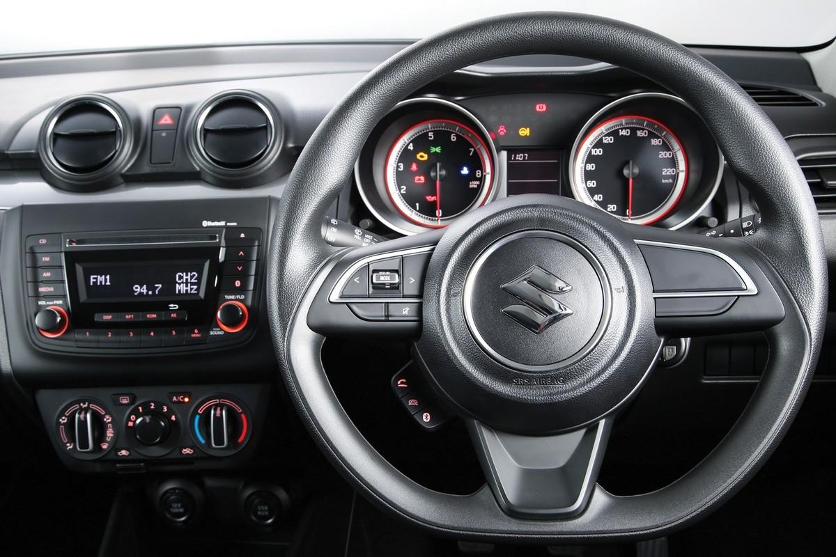 Suzuki Swift (2019) Specs & Price - Cars co za