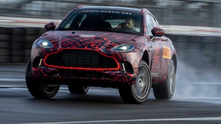 Aston Martin Dbx4