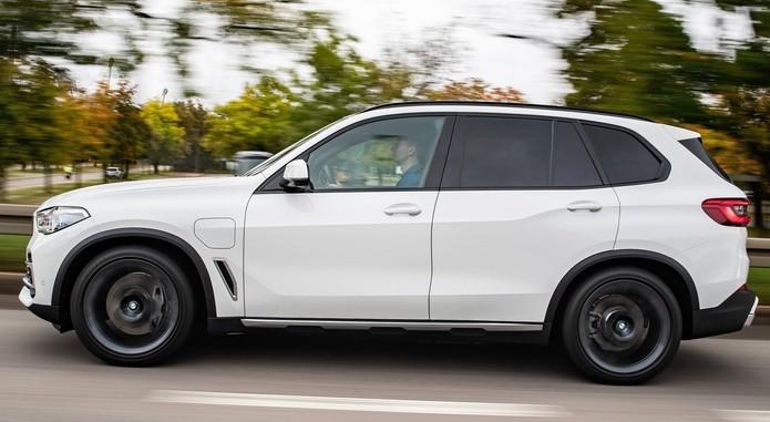 BMW X545 5