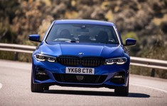 BMW 3 Series UK Version 2019 1600 18