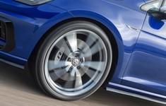 Volkswagen Golf R 2017 1024 17