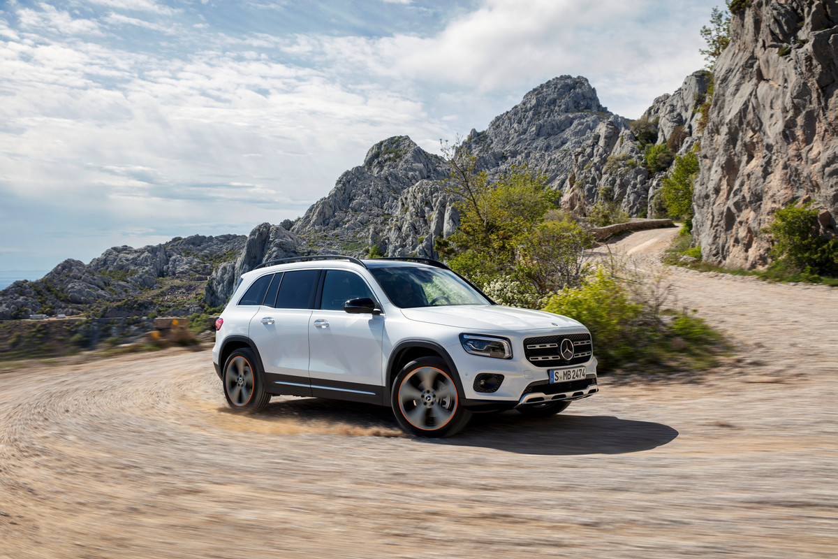 Mercedes-Benz GLB (2020) Launch Review - Cars.co.za