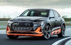 Audi EtronS 3