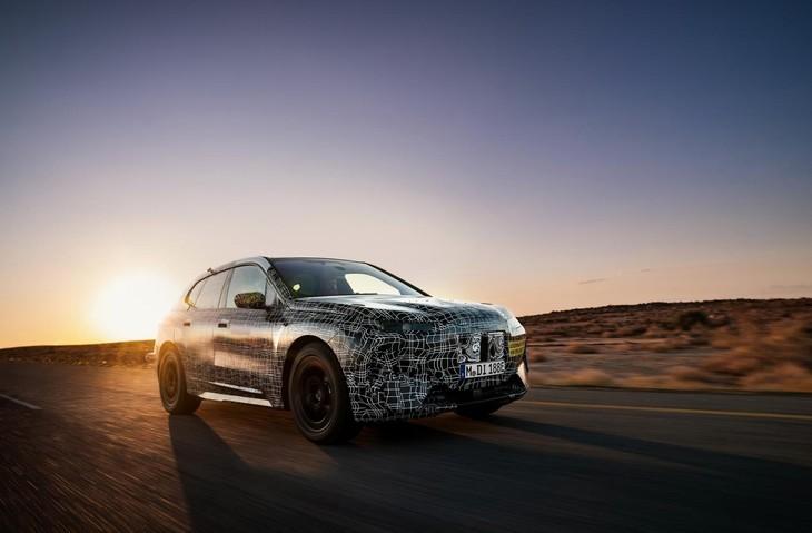 2021 BMW INext 07