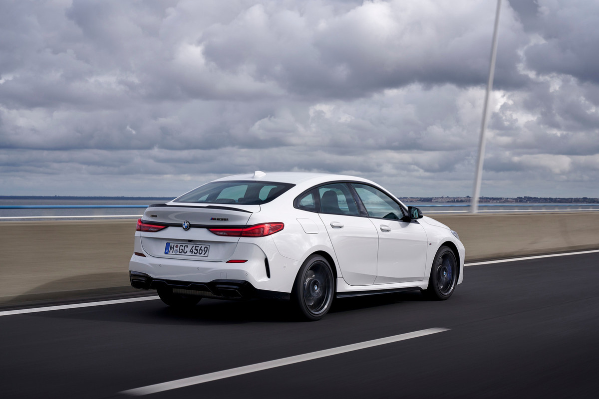 BMW 2 Series Gran Coupe (2020) International Launch Review ...