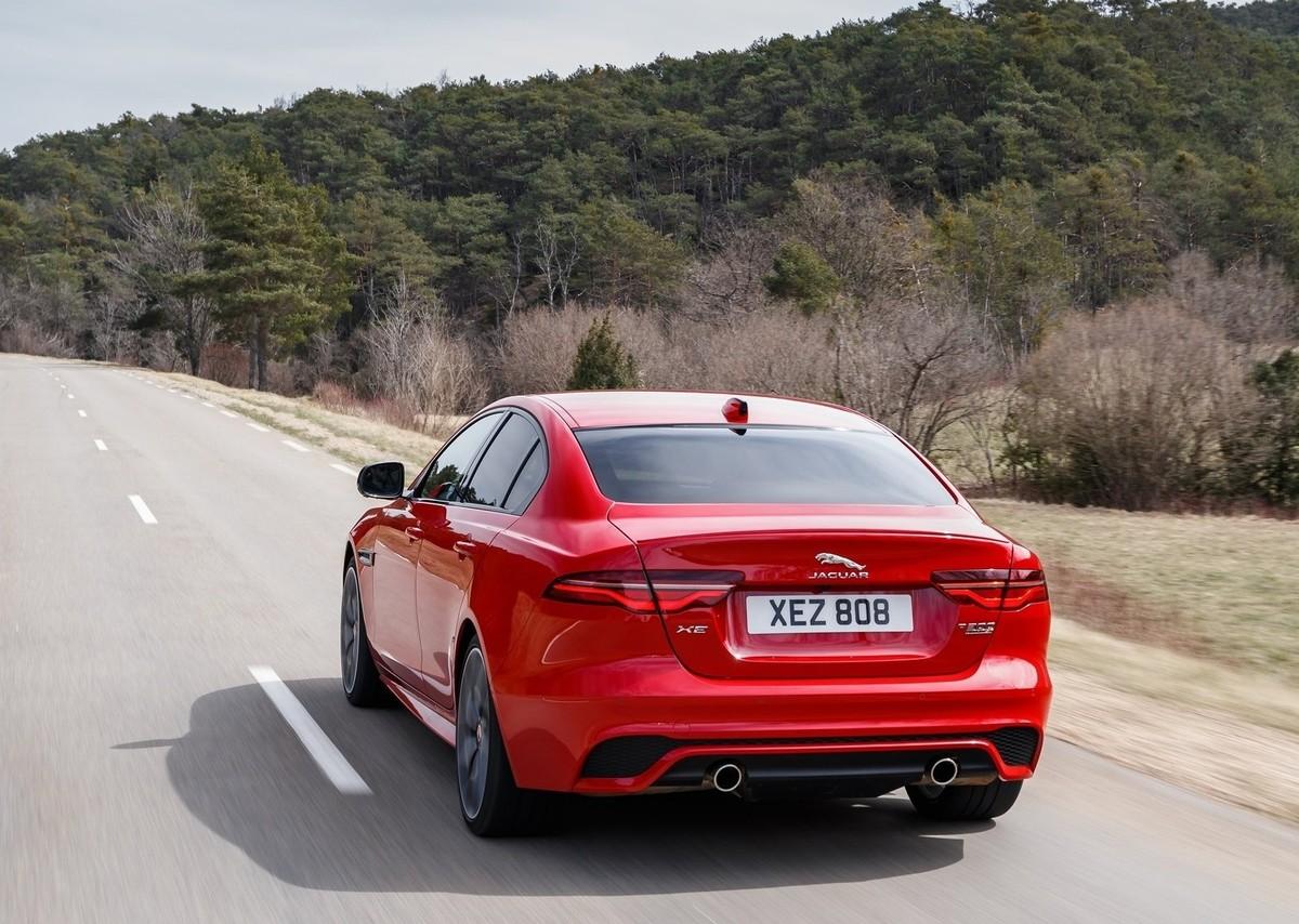 Jaguar XE (2020) Specs & Price - Cars.co.za