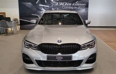 BMW330iS