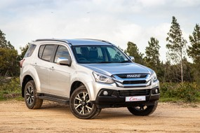 Isuzu MU-X (2020) Review