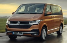 VW Caravelle 4