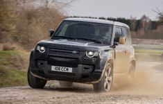 Land Rover Defender V8 90 2022 1280 0d