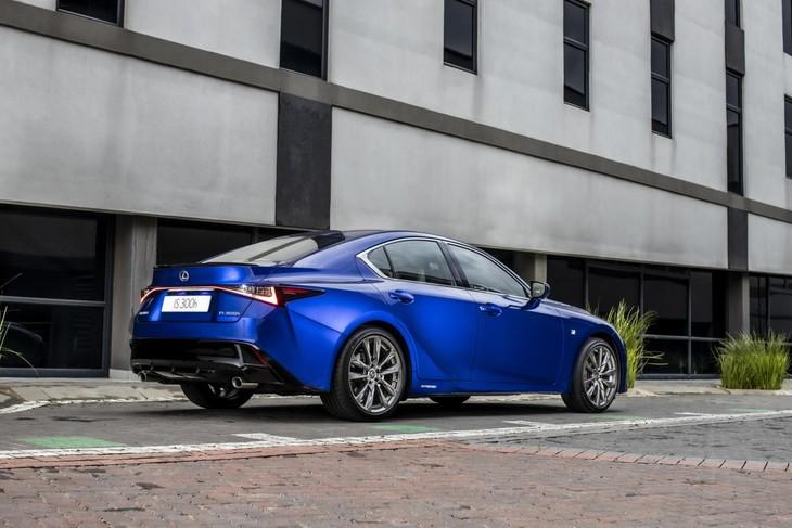 Lexus-IS-Rear
