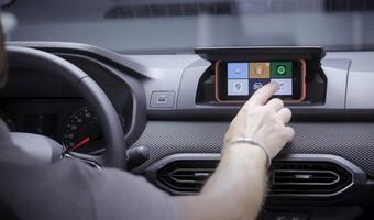 Dacia Sandero Media Control Smartphone Infotainment System 1