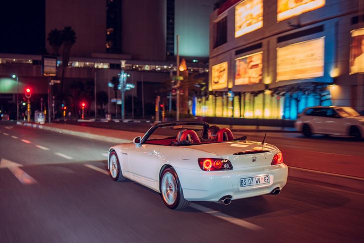 Honda-S2000-rear-tracking