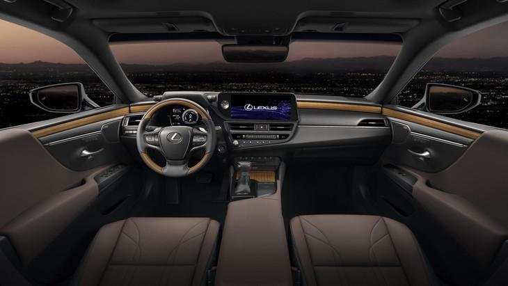 Lexus-ES-interior