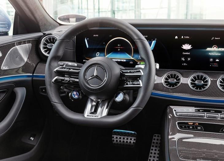 Mercedes-Benz-CLS-Steering