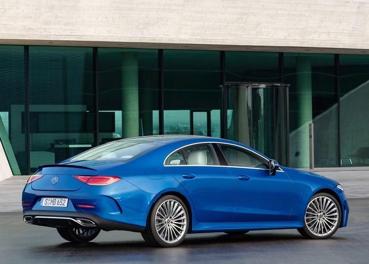 Mercedes-CLS-side