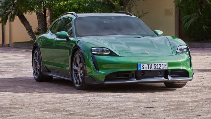 Porsche-Taycan-GT