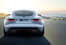 Jag F TYPE 22MY P450 R Dynamic Coupe Exterior 120421 002