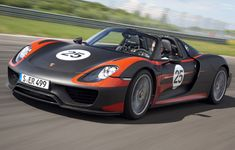 New Porsche 918 Hybrid