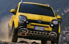 2015 Fiat Panda Cross Front View