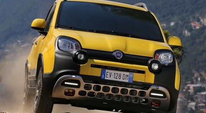 2015 Fiat Panda Cross Front View
