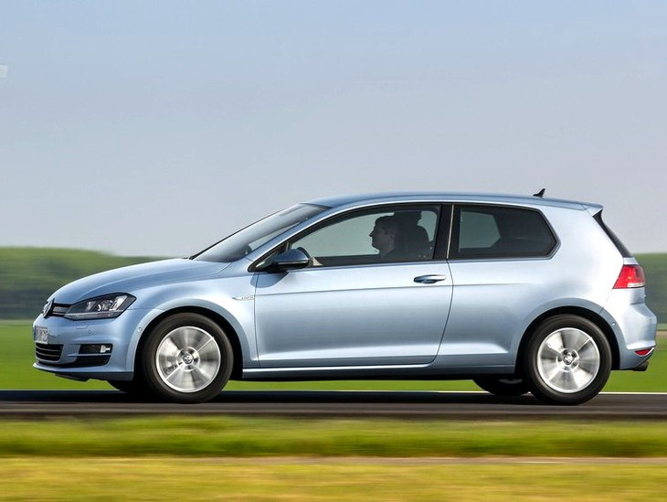 Volkswagen Golf TDI BlueMotion 2014 1024x768 Wallpaper 08
